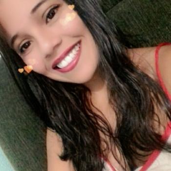 Babá em Londrina: Stephanie