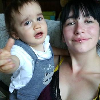 Parent Limoges: job de garde d'enfants Marina