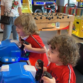 Babysitting job Naples: babysitting job Serena