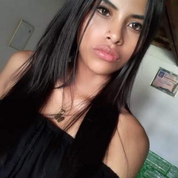 Niñera San Antonio del Prado: Adriana Lucia