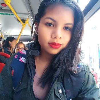 Babysitter Bogotá: Angie