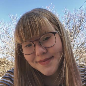 Baby-sitter in Edmonton: Claire