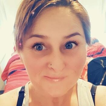 Babysitter in Wodonga: Kerrie