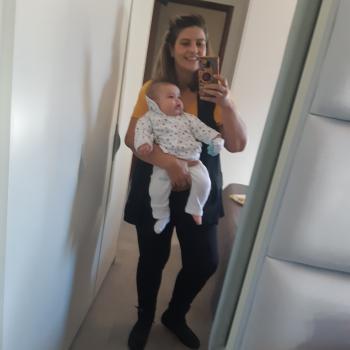 Emprego de babá Goiânia: emprego de babá Michele