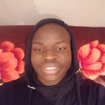 Barnevakt i Ålesund: Joshua