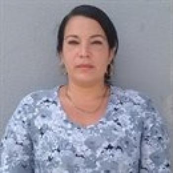 Niñera Pando: Indira