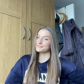 Babysitter in Birmingham: Louisa
