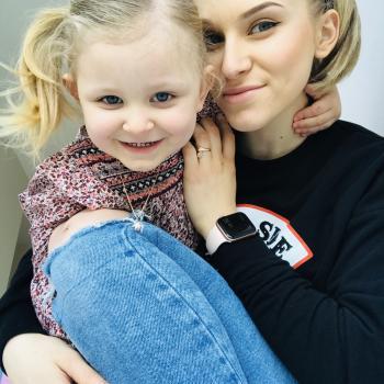 Babysitter Tralee: Rina