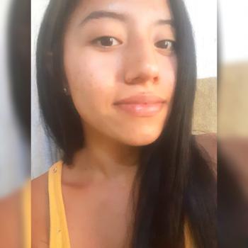 Niñera Comas: Estefania