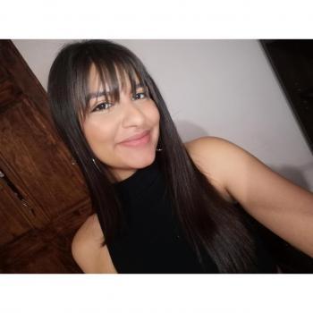 Niñera en Cartago: Sharon