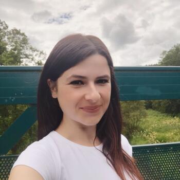 Baby-sitter in Luxembourg: Aurela