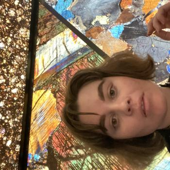 Babysitter in Perth: Evangeline