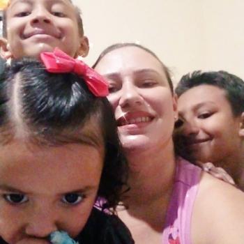 Emprego de babá em Campo Grande: emprego de babá Janaina