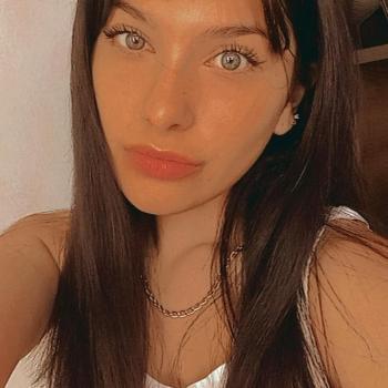 Babysitter in Neuquén: Camila