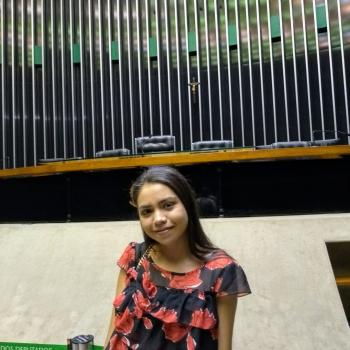 Babysitter Curitiba: Fernanda
