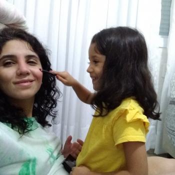 Emprego de babá em Uberlândia: emprego de babá Renata