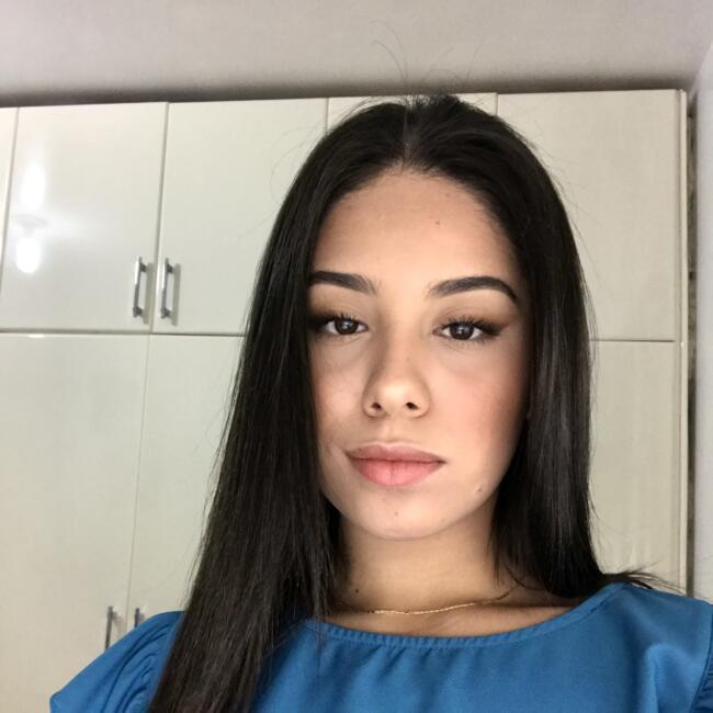Babysitter in Foz do Iguaçu: Jayane