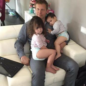 Babysitting job Mafra: babysitting job Vincent