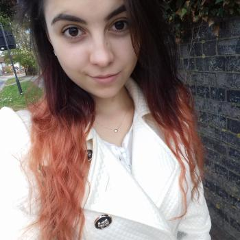 Babysitter Dunstable: Alexandra