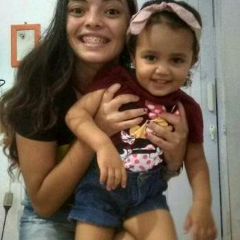 Babá Fortaleza: Maira