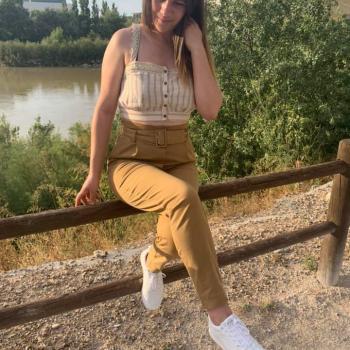 Niñera Zaragoza: Larisa