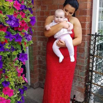 Babysitter Monaghan: Emma