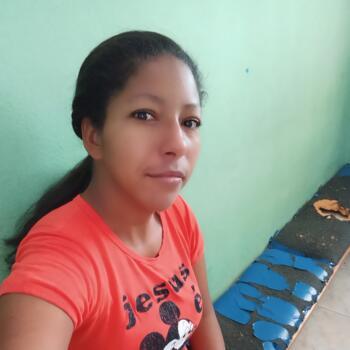 Babá em Ribeirão Preto: Vanucelia