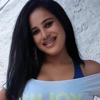 Babá em Petrópolis: Daniela