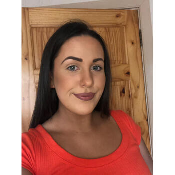 Babysitter in Killarney: Joanne