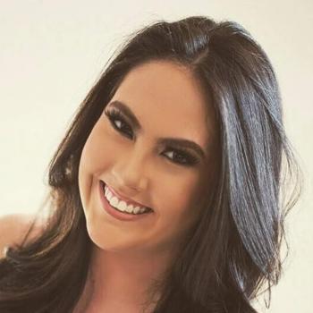 Babá em Nova Lima: Esther
