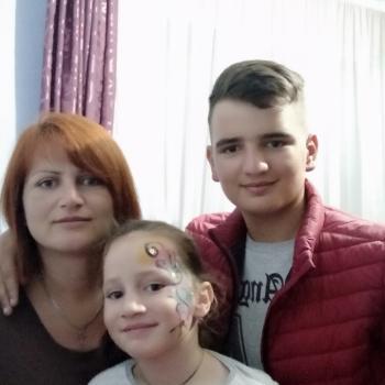 Opiekunka do dziecka Łódź: Halina