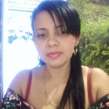 Niñera en Desamparados (San José): Emperatriz