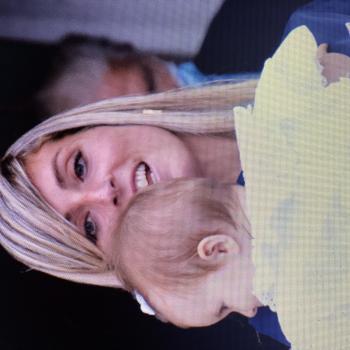 Babysitting job in Carrara: babysitting job Rebecca