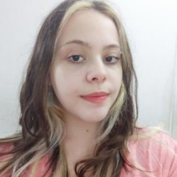 Babá em São Vicente: Giulia