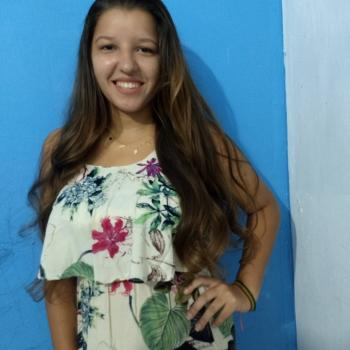 Babá Aracaju: Maria Esterfany Lima da Silva