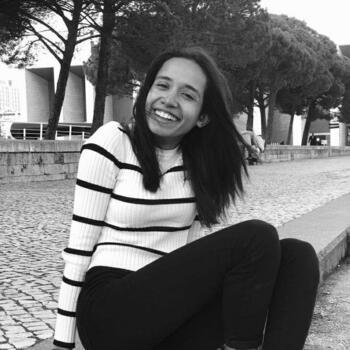 Babysitter in Moita: Ana Júlia