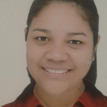 Niñera Rosario: Karol