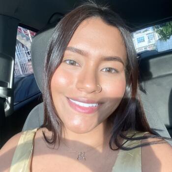 Babysitter in Miami: LAURA ORTEGA