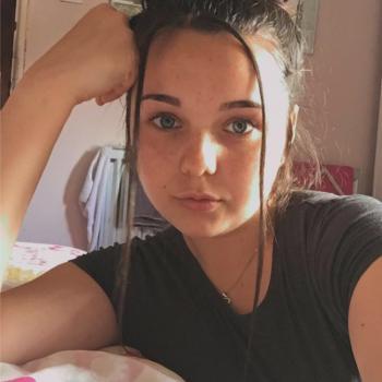 Babysitter Stoke-on-Trent: Shona