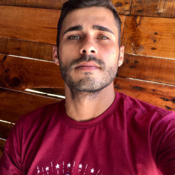 Agência de babá em Salvador: Bruno