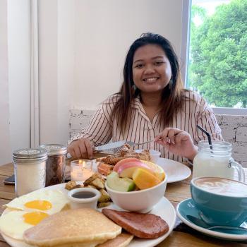 Babysitter Singapore: Atika