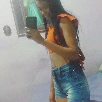 Babá em Fortaleza: Adriane Fernandes