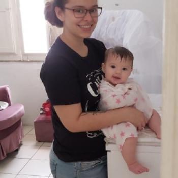 Babysitting job Fortaleza: babysitting job Aline