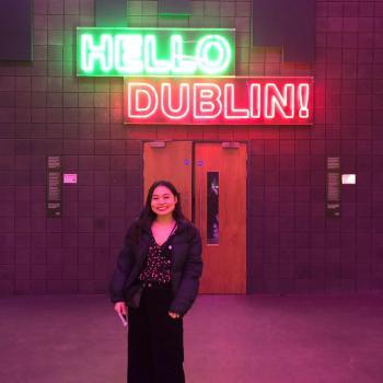 Babysitter Dublin: Blue