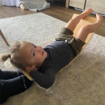 Babysitting job in Thurgoona: babysitting job Demara