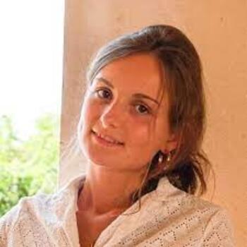 Babysitter in Vitoria-Gasteiz: Cecile