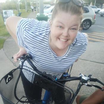 Babysitter Mackay: Anna