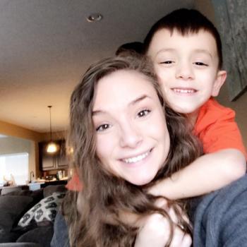 Babysitter Goodyear: Carly