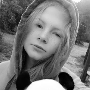 Babysitter Motueka: Dana