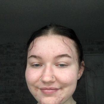 Babysitter in Stoke-on-Trent: Chloe